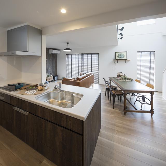 キッチン・サニタリースペースを集中させて家事の作業効率をアップ